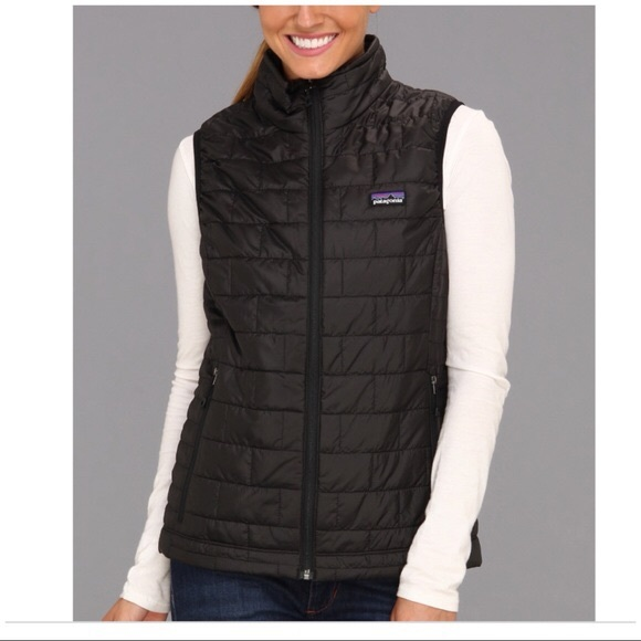 090e78a5a2bf Women s Patagonia Nano Puff Vest. M 5b8317b5dcfb5ae591e7e377